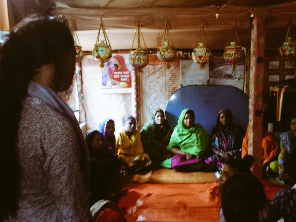 Visiting a women's group at Gazipur site #cba10 https://t.co/4RFnSuMV5A
