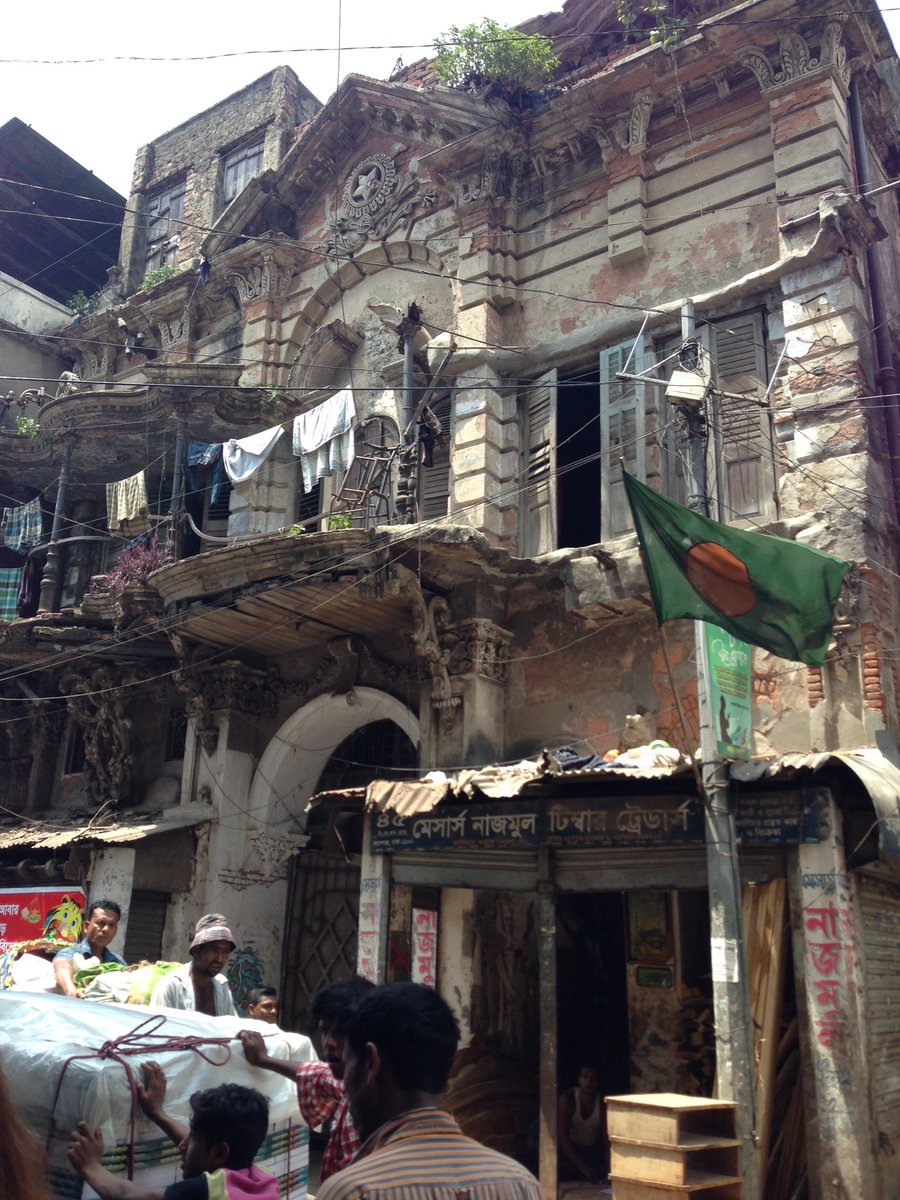 #CBA10 The French section of Old Dhaka, slipping into total disrepair.... https://t.co/RDSSEFi5Tx