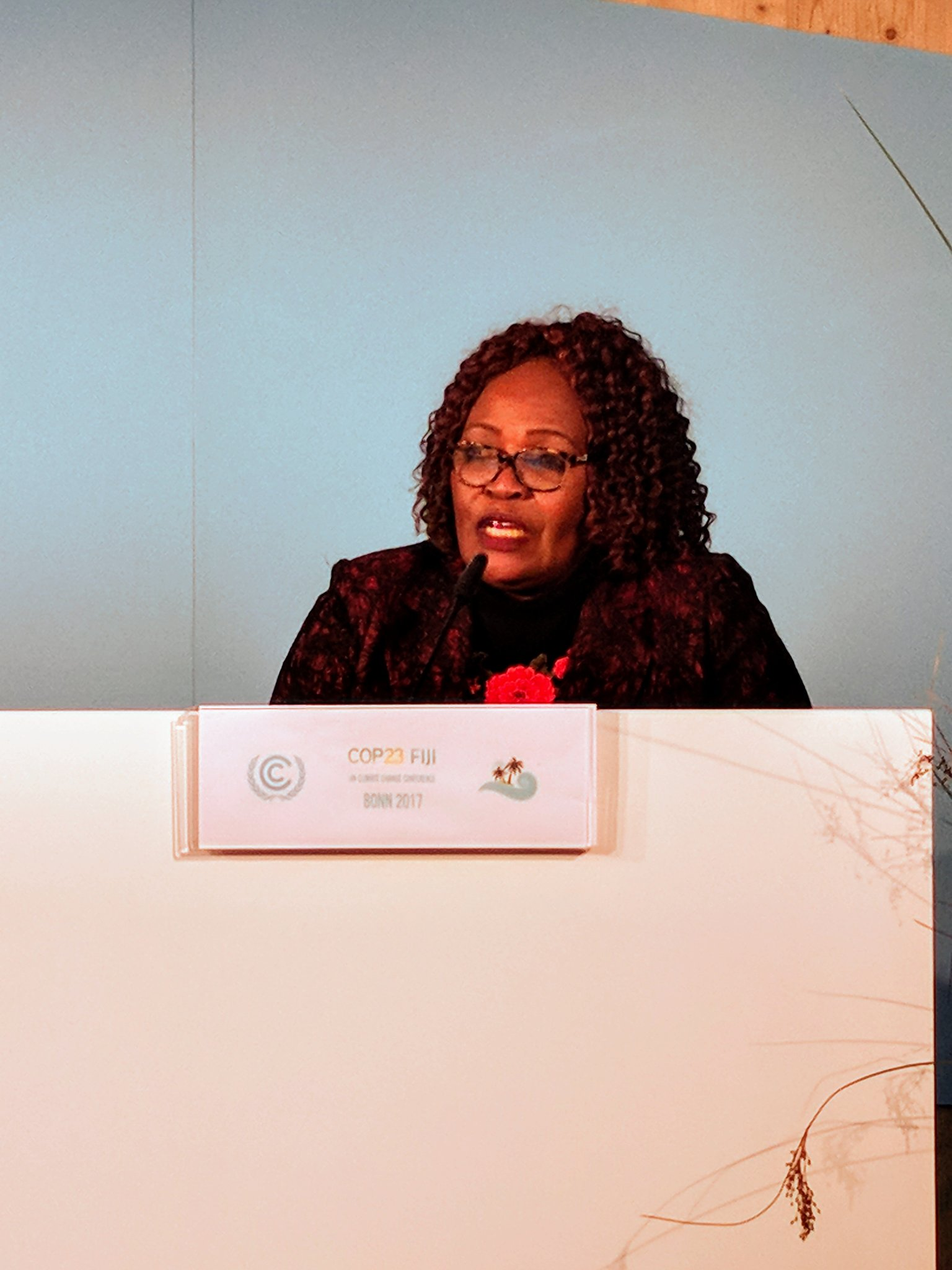Lucy Ssendi talks about how Tanzania has benefited from decentralised climate funds & being accredited by the #gcf is a benefit as well. #COP23 https://t.co/DvvOTh4I8j