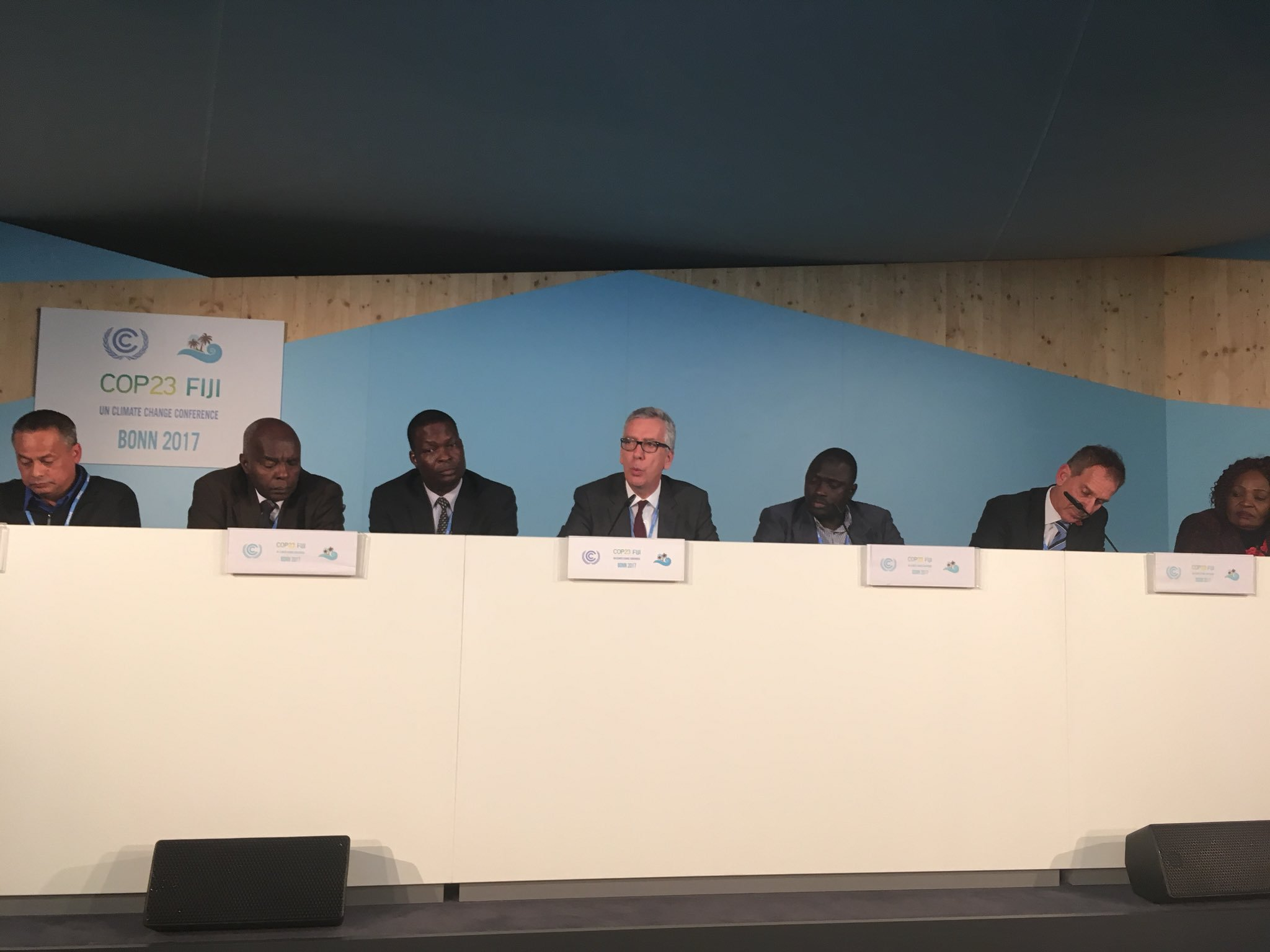 President of Sardinia explaining how the network of regions in Europe lobby for recognition that 70% climate action is at the local level. Money not main problem in EU - 20% of EU budget climate finance. Challenge 2 reach vulnerable communities & get #MoneyWhereItMatters @COP23 https://t.co/HXTt2vKaY1