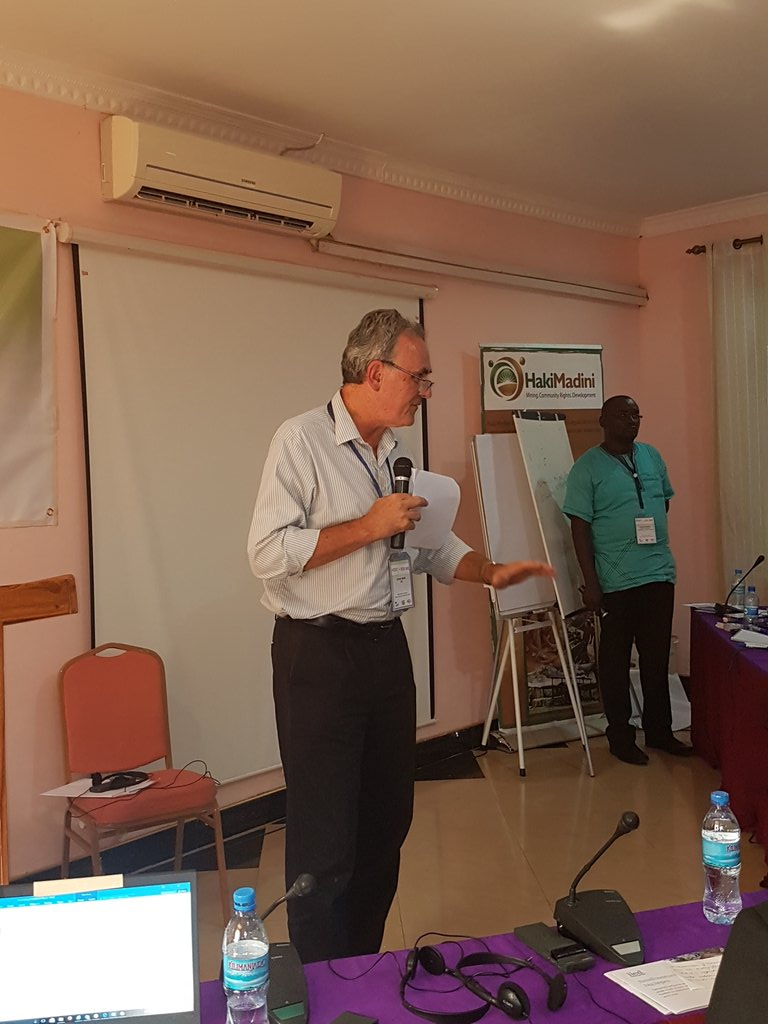 @IIED Steve Bass at the #TZASMGeita17 dialogue after presentation on constructing Rdmap 4 reform based on the grup discussions https://t.co/uVjOy9JwLR